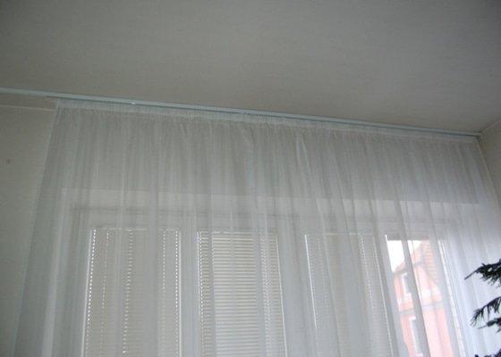 Výměna garnýže, začištění stropu