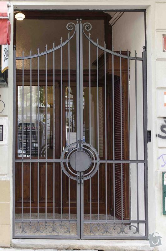 Kovaná brána - výroba a montáž: _DSC7977