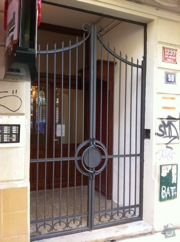 Kovaná brána - výroba a montáž: IMG_2288