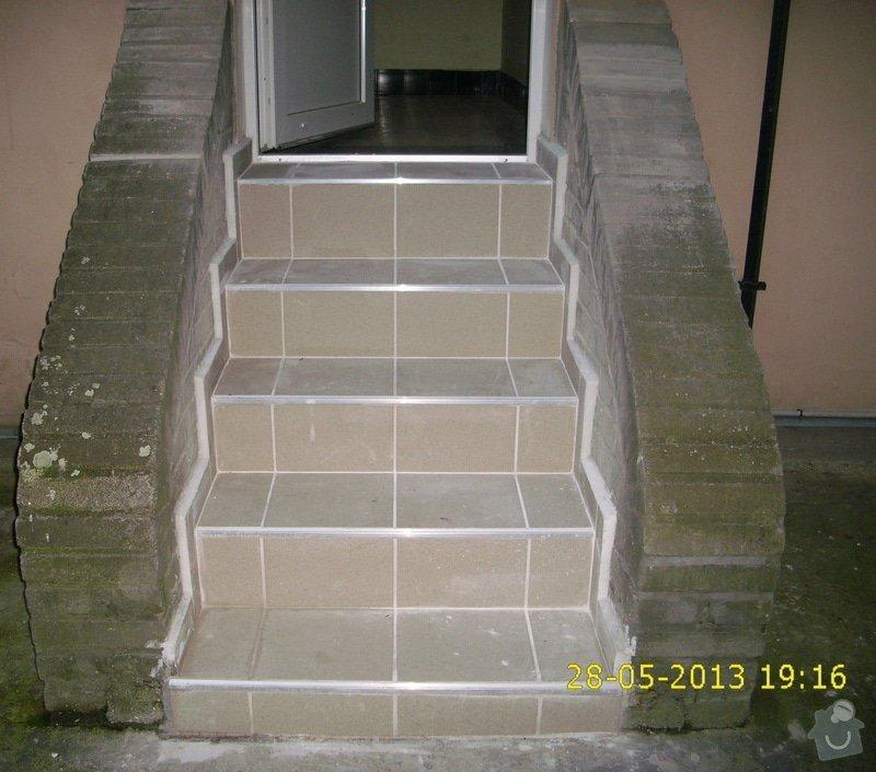 Rekonstrukce dvou schodišť do vnitrobloku činžovního domu: IMG_0022