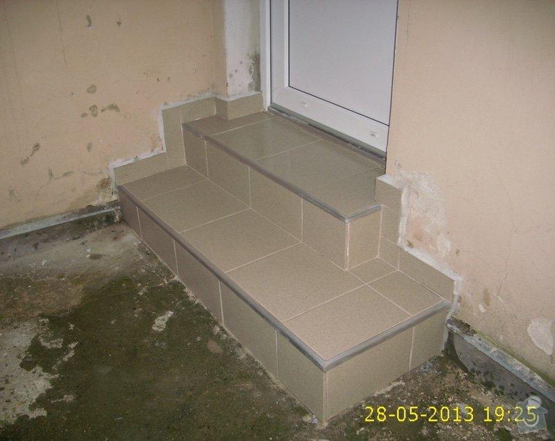 Rekonstrukce dvou schodišť do vnitrobloku činžovního domu: IMG_0028
