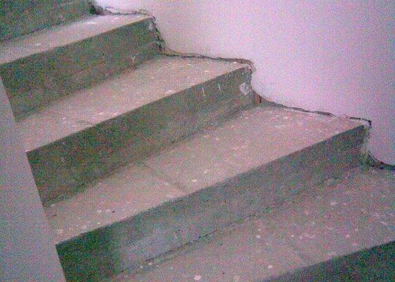 schody_pred...