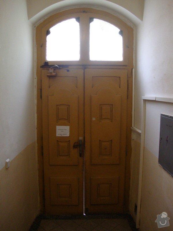 Renovace vstupních dveří: DSC09193