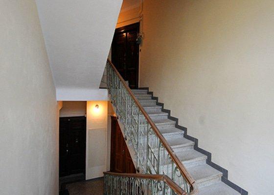 Rekonstrukce schodiště v činžovním domě
