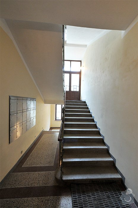 Rekonstrukce schodiště v činžovním domě: Schody_05