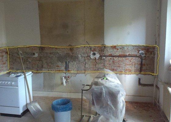 Obklad kuchyňské linky kachličkami