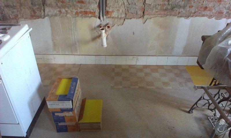 Obklad kuchyňské linky kachličkami: kachle