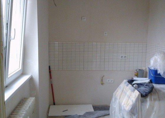 Sádrokartonové podhledy a renovace stěn sádrovou stěrkou