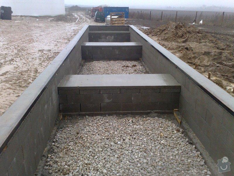 Zednické a výkopové práce,vykopání a vyzdění základú pro mostovou váhu: vahamostova