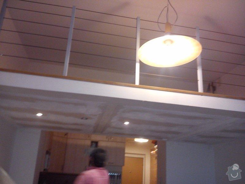Patro na spaní, schody,osvětlení,zábradlí, podium.: DSC_0101