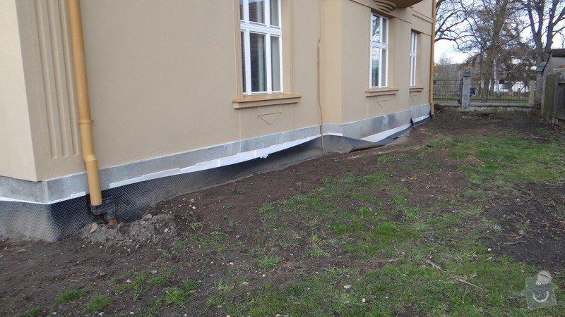 Oprava zděného plotu s železnou výplní, zámková dlažba, drobné zednické práce, spodní voda ve sklepě: DSC02945_Medium_