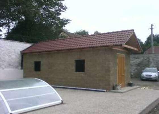 Laťovaní a pokladka střech včetně okapových systémů