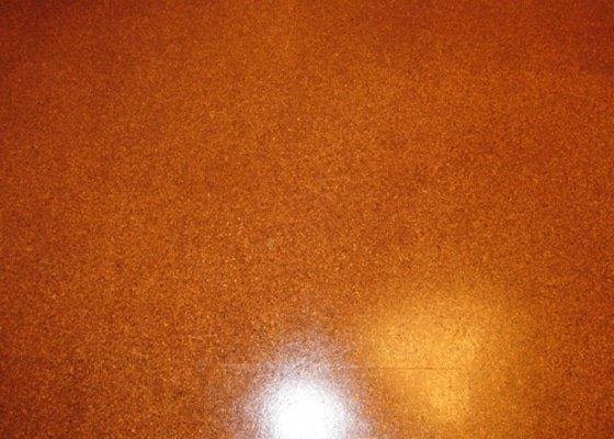 Oprava korkové podlahy