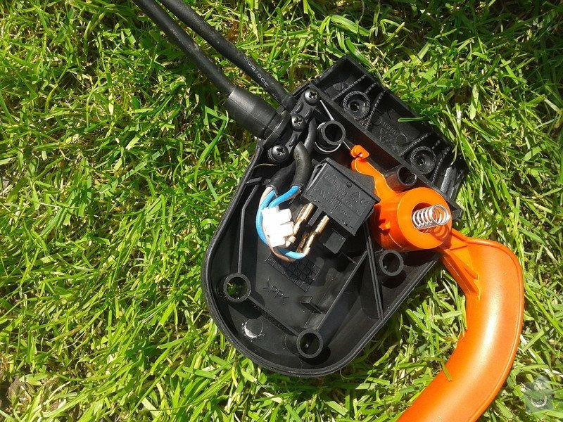 Oprava sekačky na trávu: 20130608_113448