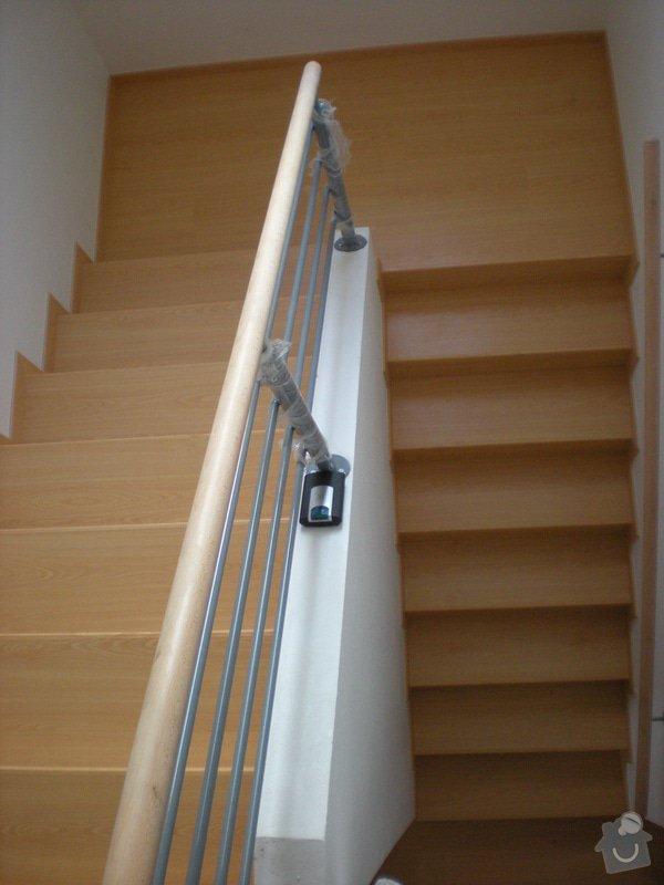 Pokládka plovoucí podlahy včetně obložení schodiště: 12