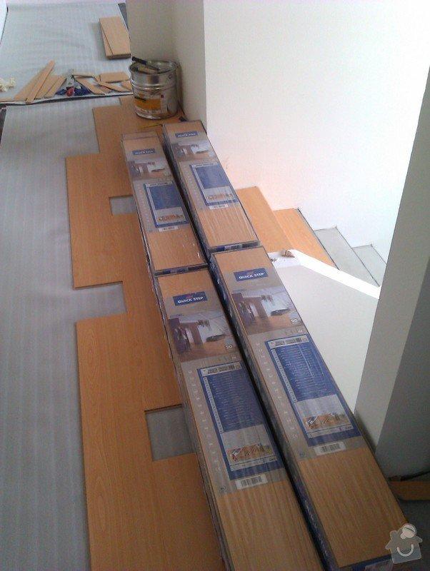 Pokládka plovoucí podlahy včetně obložení schodiště: IMAG0156