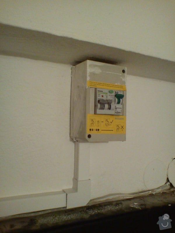 Elektroinstalace nového zásuvkového obvodu v bytě 2+1.: DSC01136