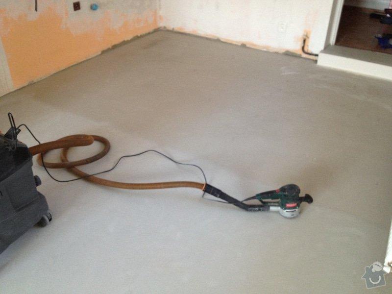 Broušení betonu, samonivelační stěrka, pokládka vinylových pásů: 46