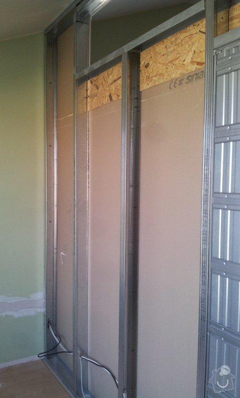 Předělení místnosti (pravděp. sádrokarton, možná s vloženým sklem): 20130515_160200