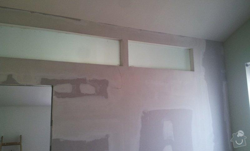 Předělení místnosti (pravděp. sádrokarton, možná s vloženým sklem): 20130516_163452