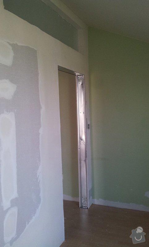 Předělení místnosti (pravděp. sádrokarton, možná s vloženým sklem): 20130516_163530