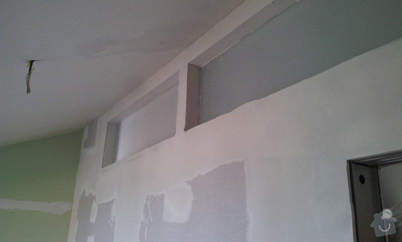 Předělení místnosti (pravděp. sádrokarton, možná s vloženým sklem): 20130516_163548
