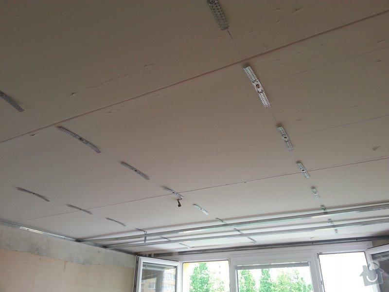 Sádrokarton na strop: 20130606_111053