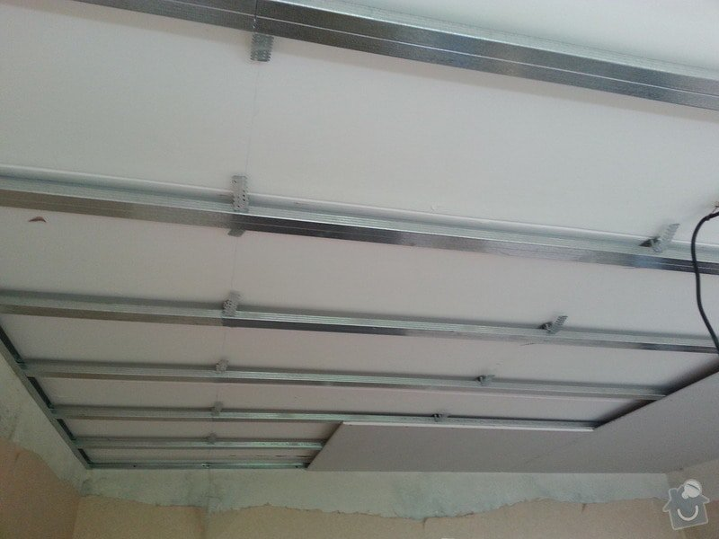 Sádrokarton na strop: 20130606_115527