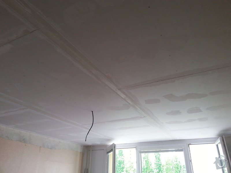 Sádrokarton na strop: 20130606_124811