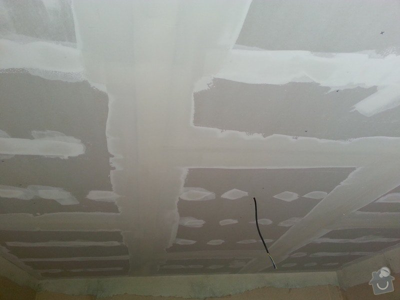 Sádrokarton na strop: 20130606_140614
