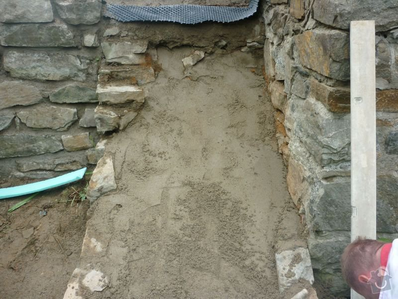 Rekonstrukce terasy u chaty,  Vlkov u Tišnova: Terasa_rekonstrukce_chata_Vlkov_033