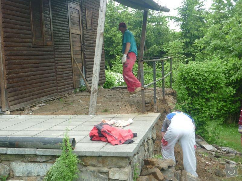 Rekonstrukce terasy u chaty,  Vlkov u Tišnova: Terasa_rekonstrukce_chata_Vlkov_005