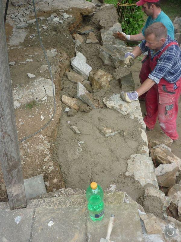 Rekonstrukce terasy u chaty,  Vlkov u Tišnova: Terasa_rekonstrukce_chata_Vlkov_014