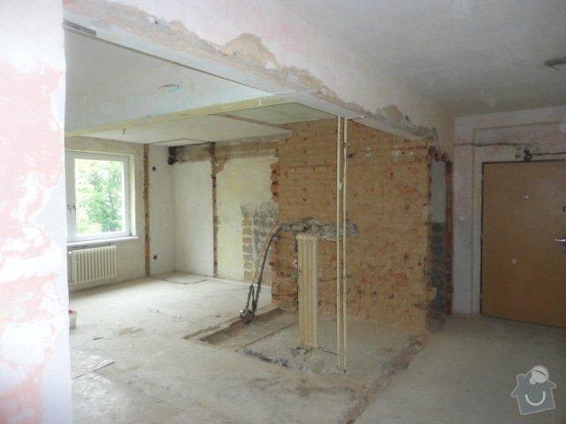 Příprava bytu na rekonstrukci, posunutí příček: DSC00893