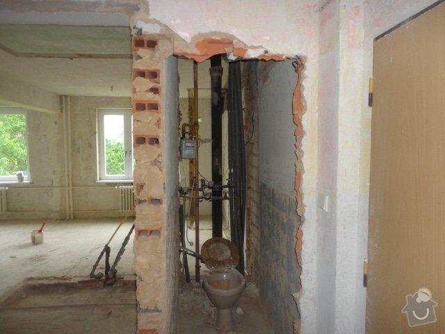 Příprava bytu na rekonstrukci, posunutí příček: DSC00897