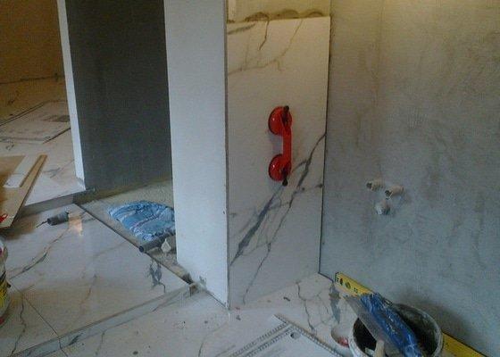 Rekonstrukce rekreační chaty,luxusní koupelna se sanou,podkroví,podlahy,zateplení