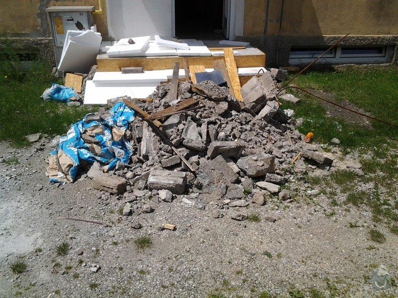 Rekonstrukce venkovního schodiště: 20130615_132235