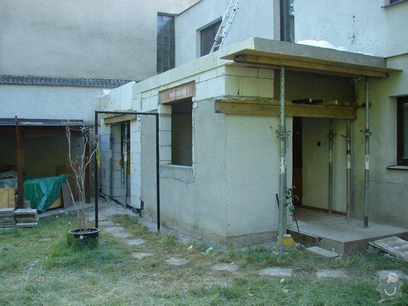 Přístavba místnosti a zastřešení balkonu: DSC08604