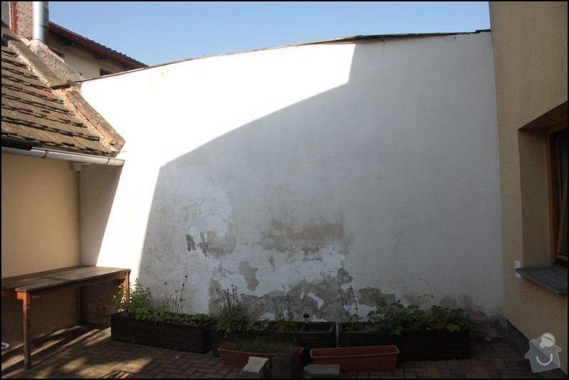 Oprava zdi a vymalovani: zed_Venku_
