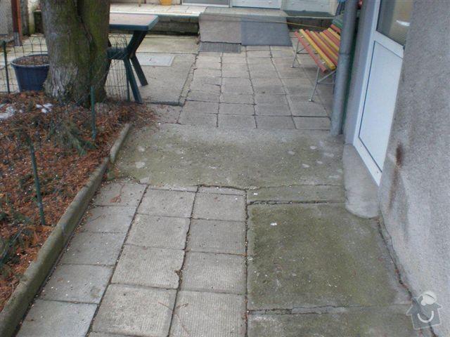 Rekonstrukce dvora a chodníků.: P4100021
