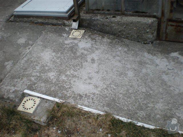 Rekonstrukce dvora a chodníků.: P4100025