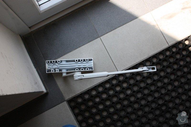 Oprava samozavíracího zařízení: dvere02