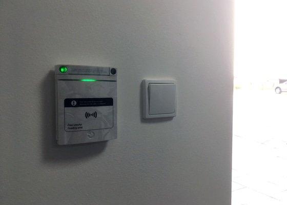 Instalace EZS, kamerového systému a velké množství automatizací