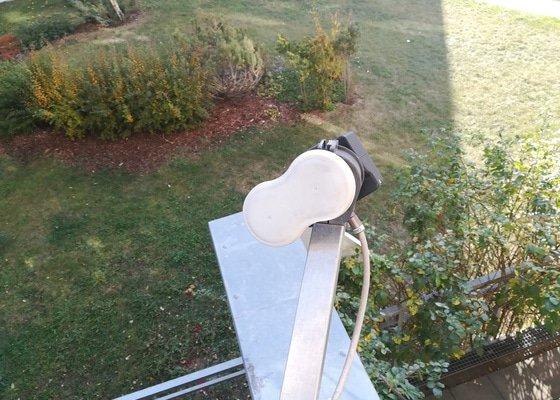 Oprava/výměna držáku na LNB na satelitu