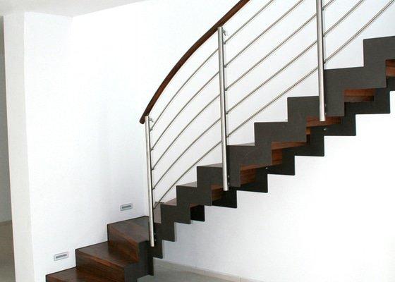 Rekonstrukce/ obložení schodiště