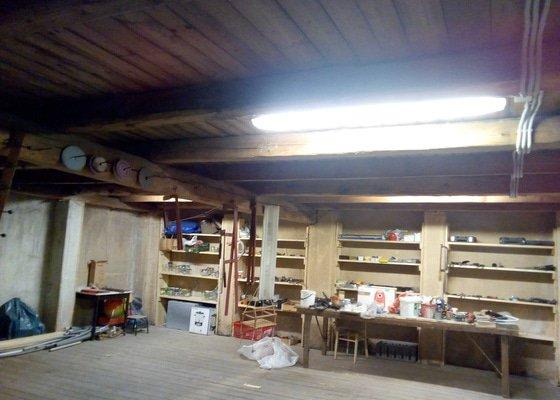 Příprava pro napájení čističky a doplnění osvětlení v dílně