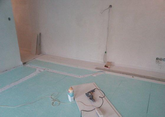 Elektrické podlahové vytápění v komerčním prostoru 50M2