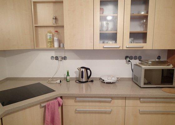 Obklad kuchyně, cca 2.7m2