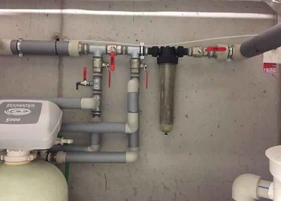 Instalace změkčovače vody EC5130 Duplex