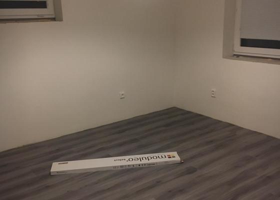 Stěrkování, lepení vinylové podlahy